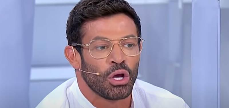 """Ultime Uomini e Donne, Gianni Sperti duro affronta Simone: """"Sei la classica me**a"""""""